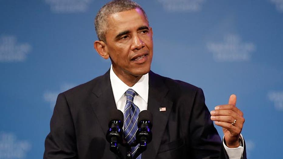 Obama leaves door open to expanding air strikes into Syria