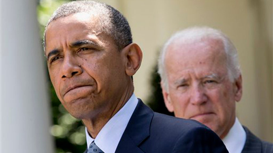 Obama receives criticism for immigration delay