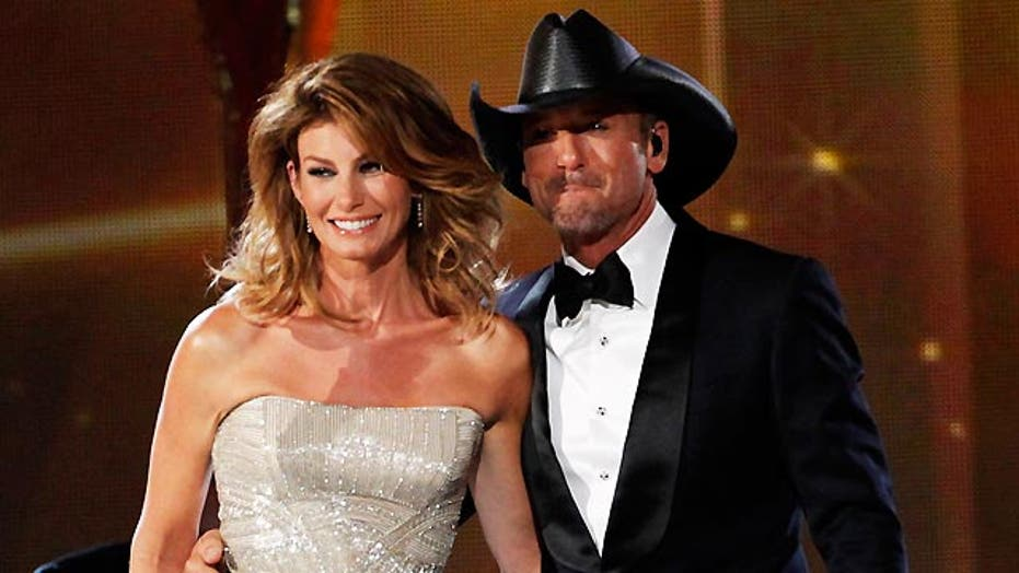 Tim McGraw & Faith Hill are a hit