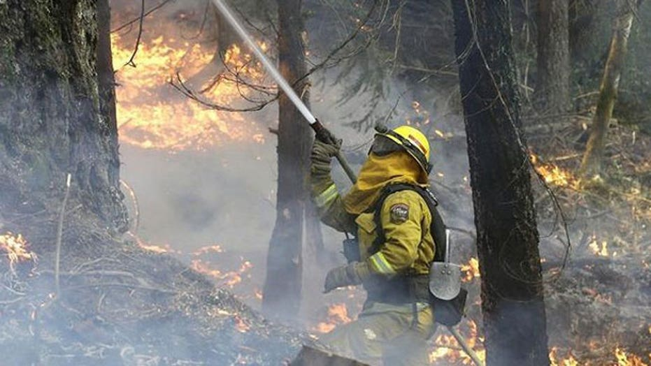 Wildfire burns out of control in central California