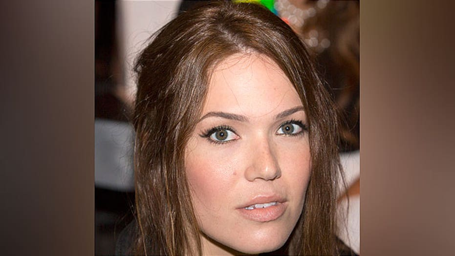 Mandy Moore may shave her head