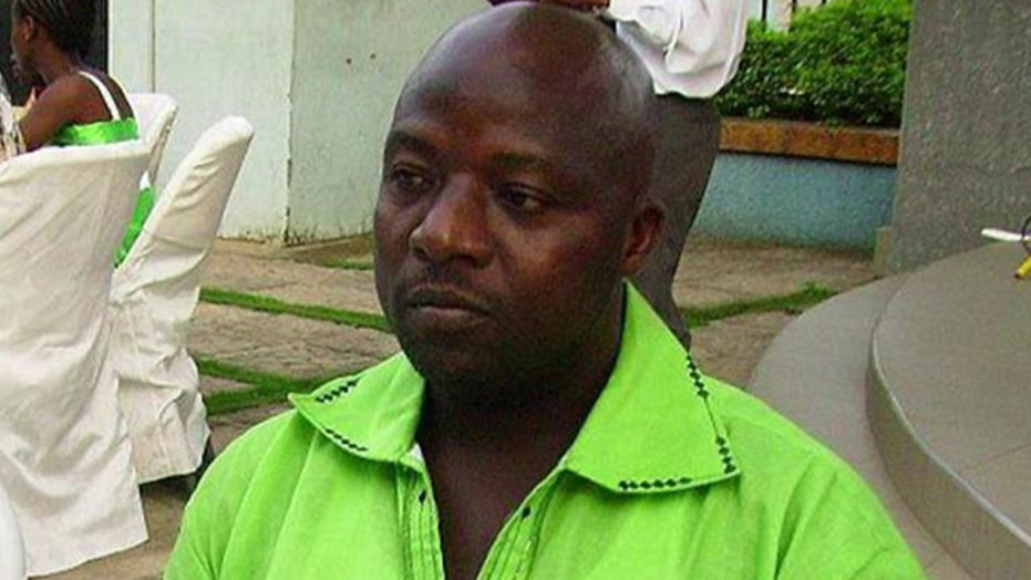 100 people may have been exposed to Texas Ebola patient