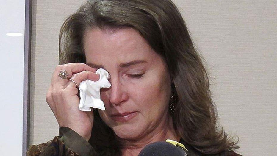 Oregon governor's fiancée admits to fake marriage