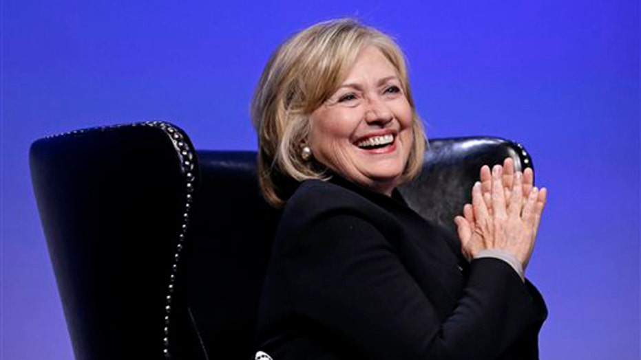 Clinton touts college affordability in fundraising speech