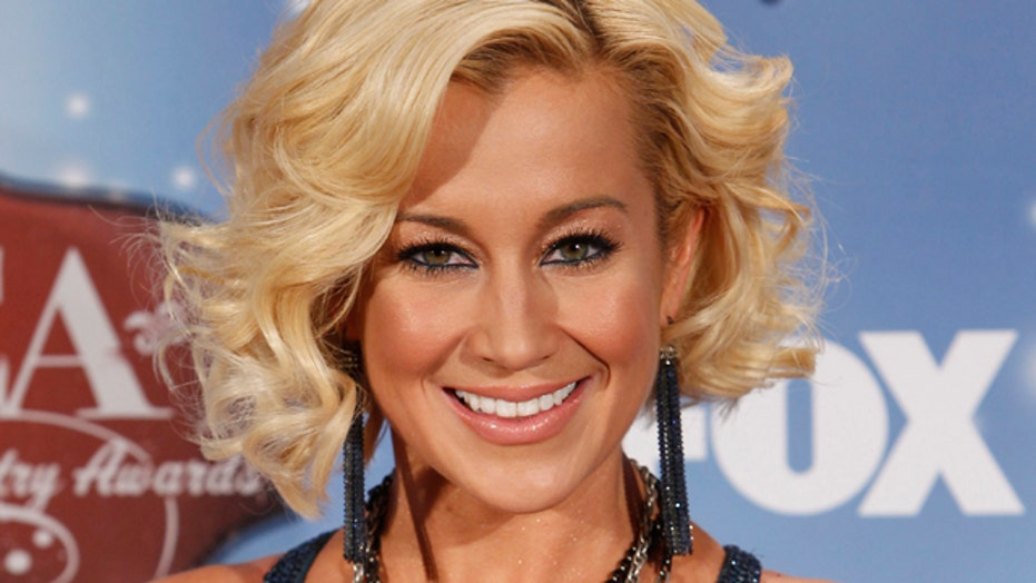 Kellie Pickler's new gig