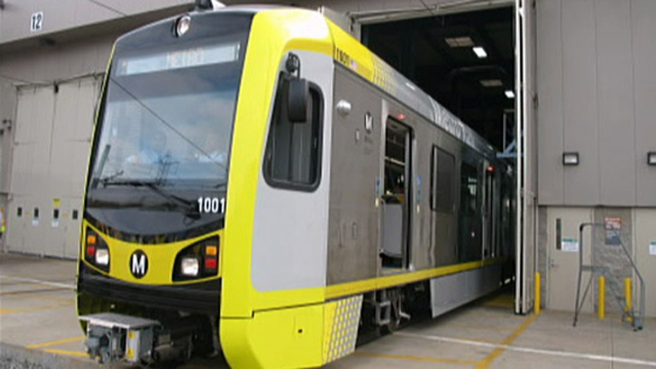 Union demands put jobs in jeopardy at light-rail plant