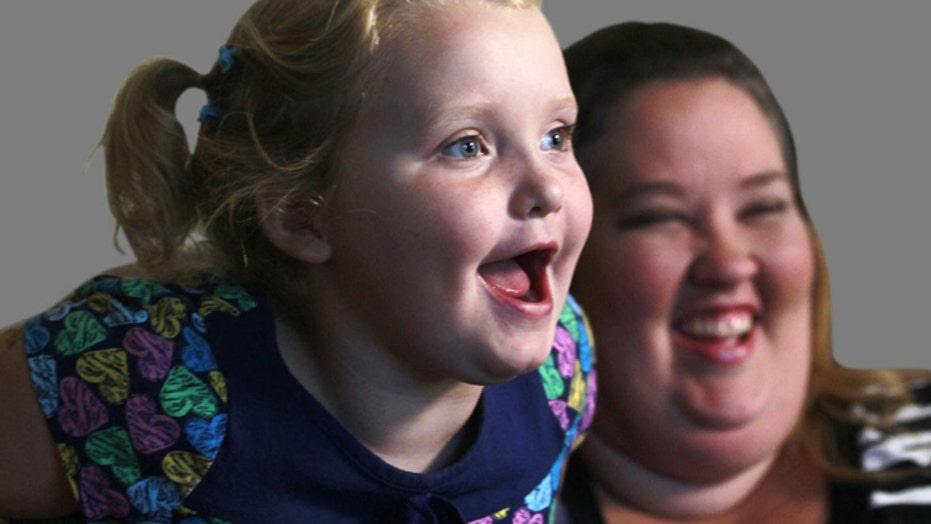 'Honey Boo Boo' matriarch denies dating child sex offender