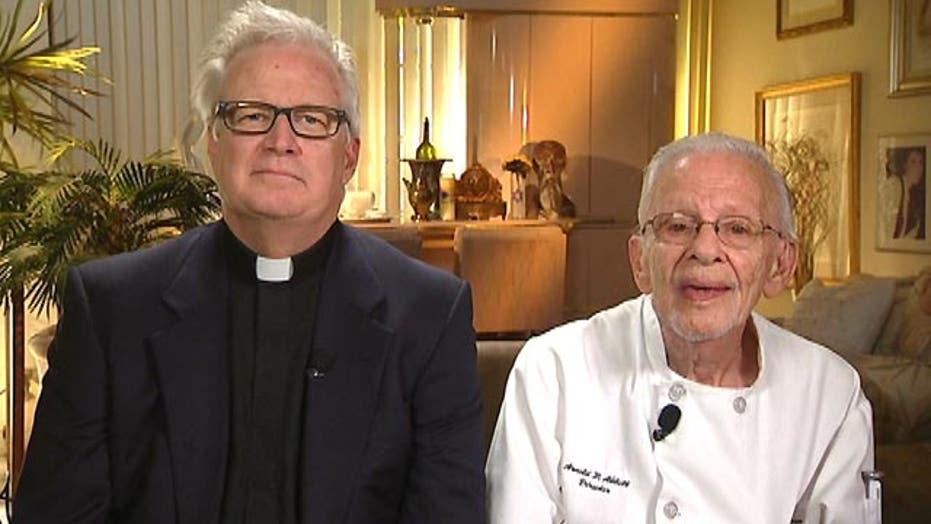 Pastors, 90-year-old vet arrested for feeding homeless