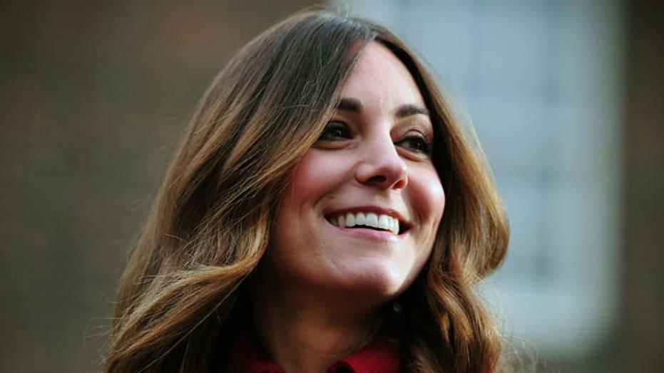 Oh no! Pics surface of Kate's gray hair