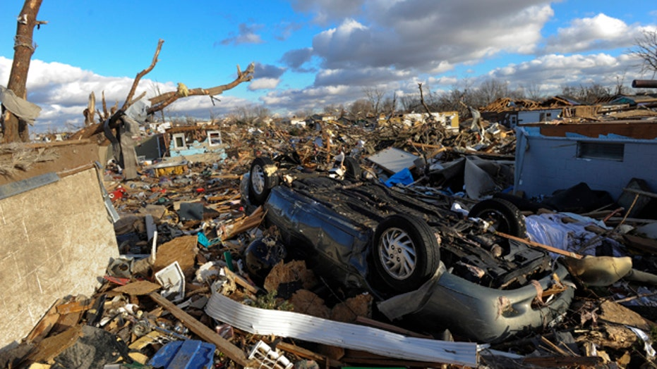 At least 6 killed as tornadoes sweep across Midwest