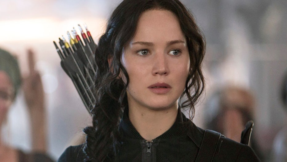 'Hunger Games: Mockingjay Part 1' only half awesome