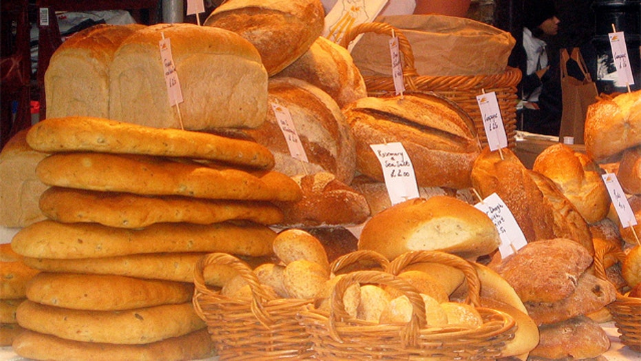Report: Carbs more harmful than saturated fats