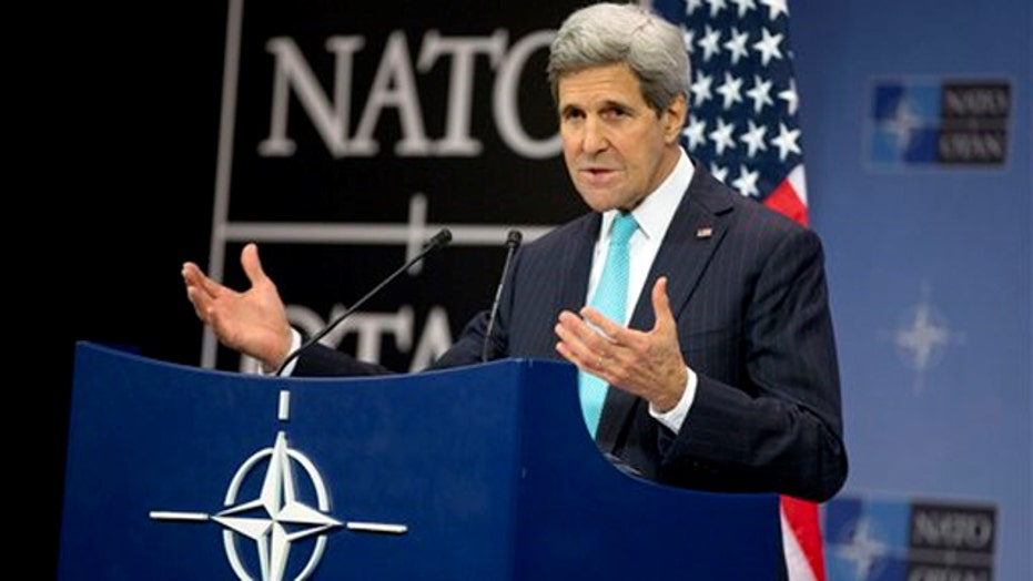 John Kerry meets with world leaders to discuss ISIS strategy