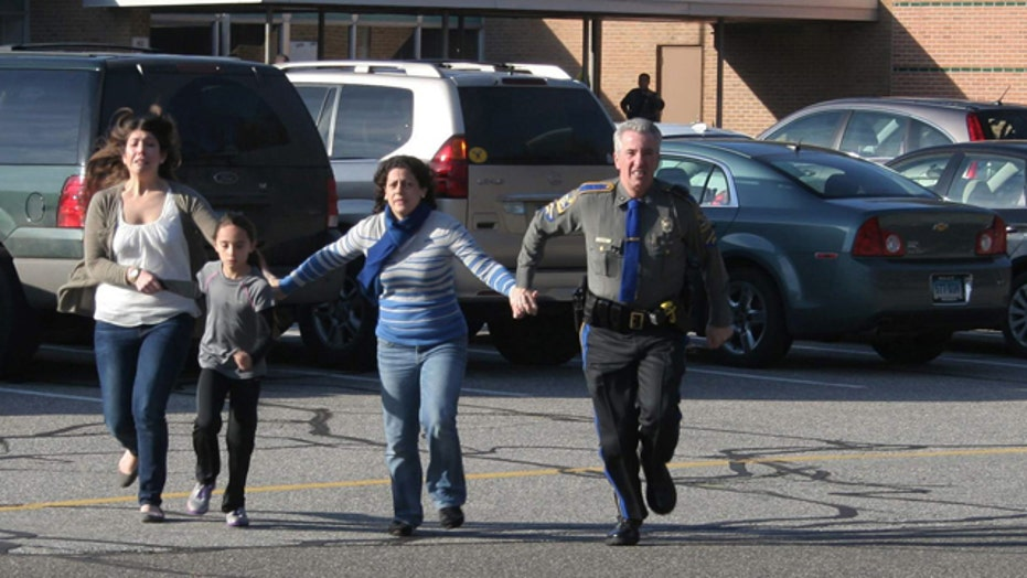Chaos, calm professionalism heard in Sandy Hook 911 calls