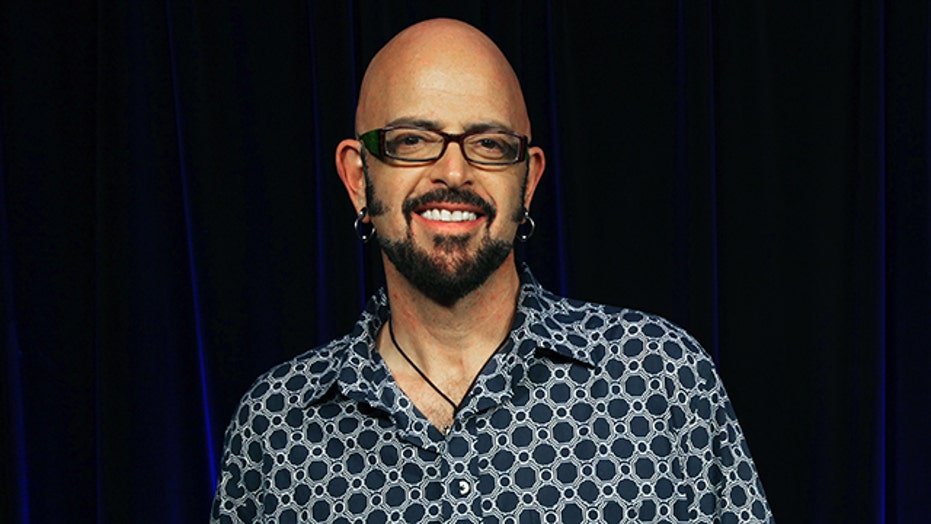 Jackson Galaxy Shares Tips For 'Catifying' Your Home