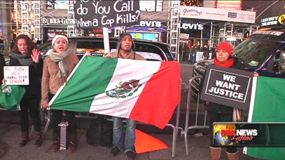 U.S. activists rally over missing Mexican students