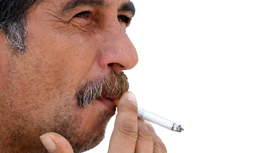 Study: Smoking is more dangerous for men than women