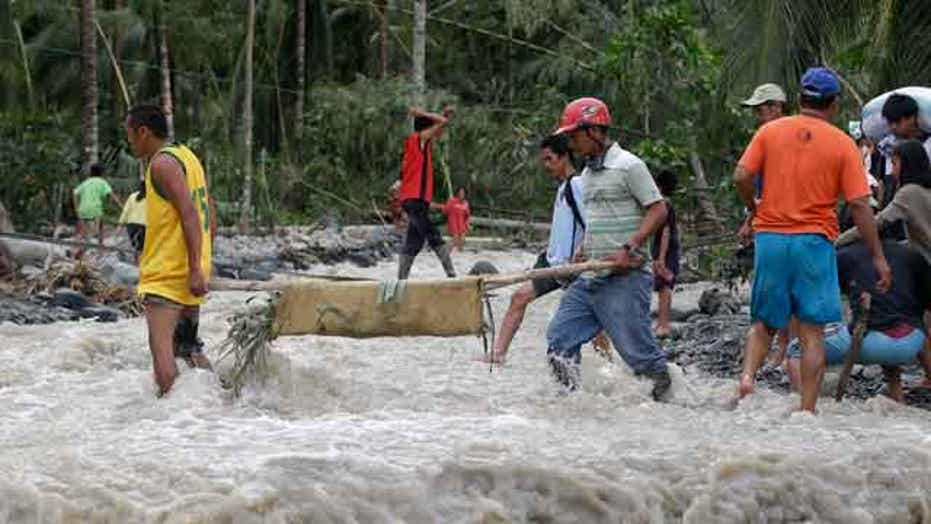 Typhon leaves death, devastation in the Philippines