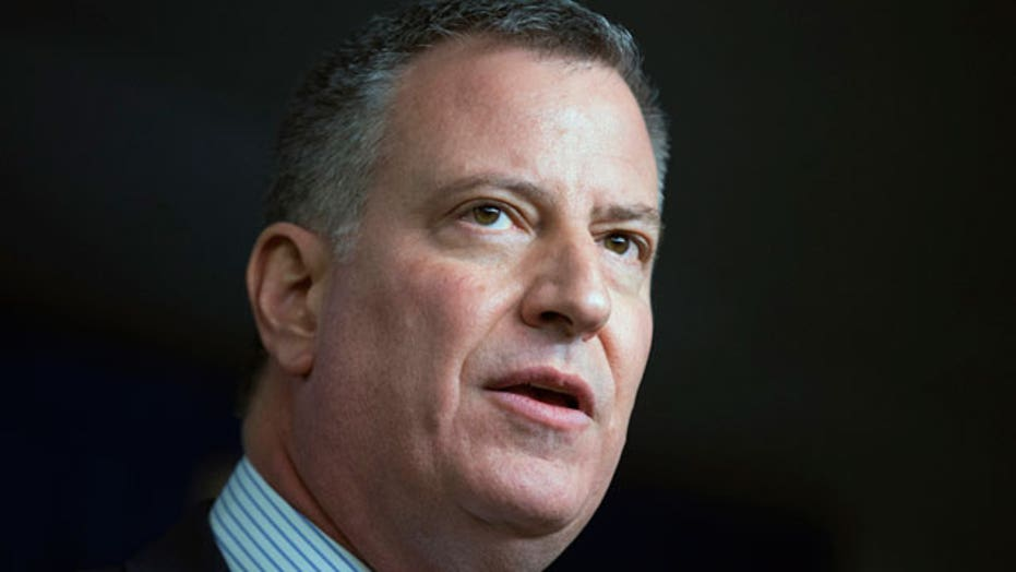 Is NYC's mayor blaming police for current tensions?