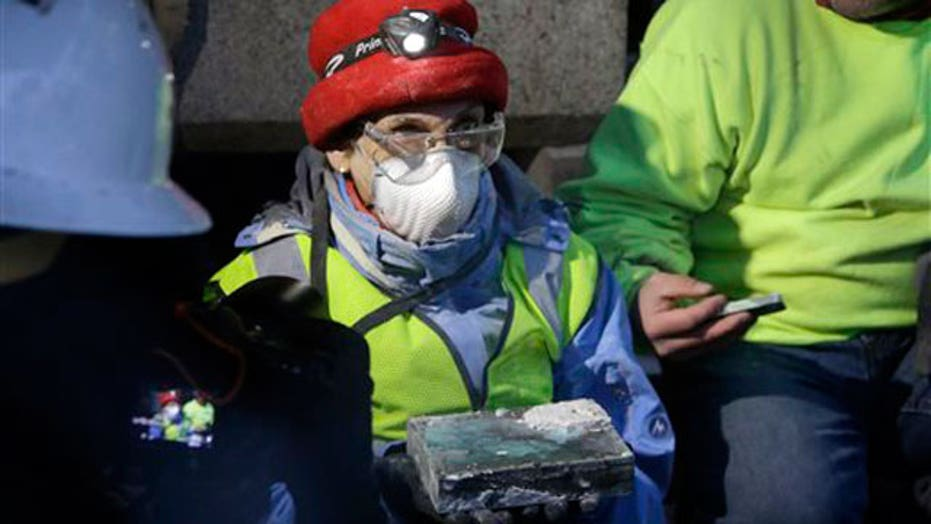1975 time capsule unearthed from Mass. State House in Boston