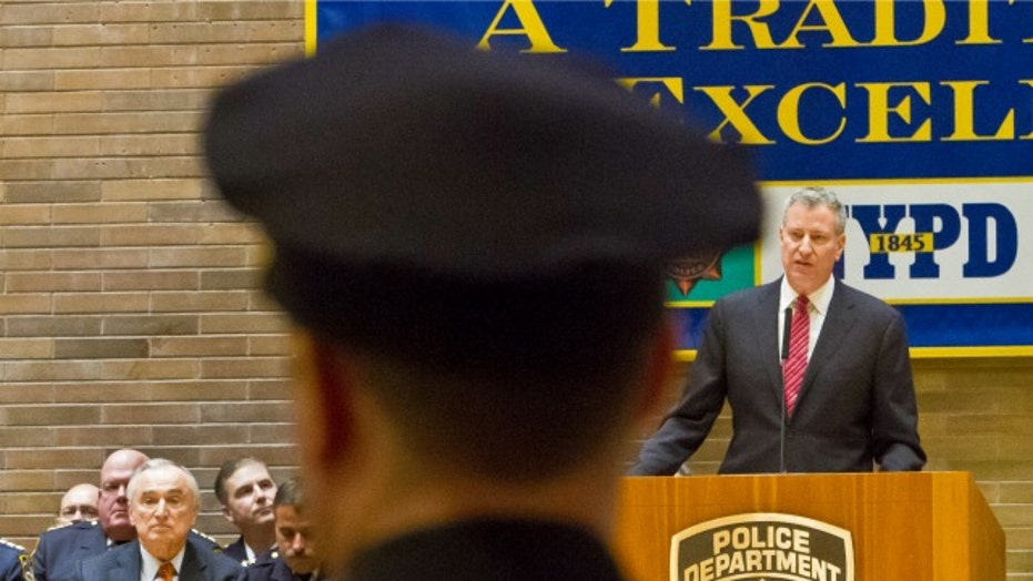 How deep is rift between NYPD and NYC mayor?