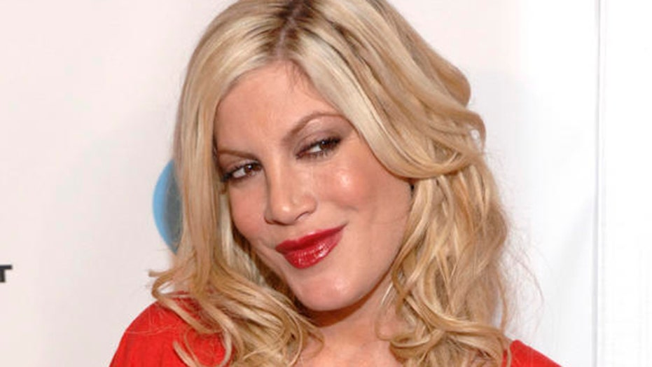 Hollywood Nation: Tori Spelling vs. tabloids