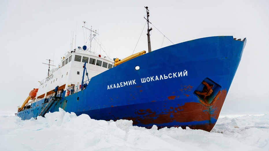 Race to rescue stranded ship near Antarctica