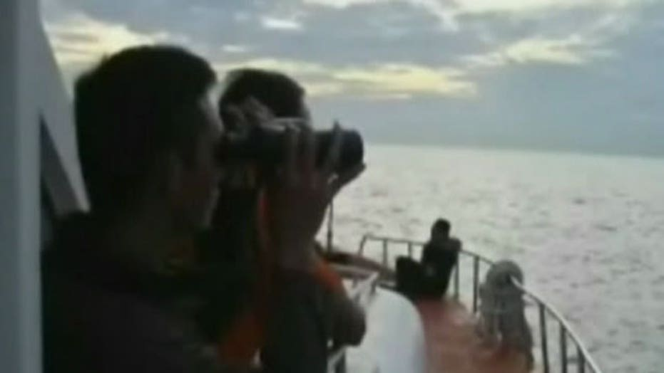 What debris field says about crash of AirAsia jet