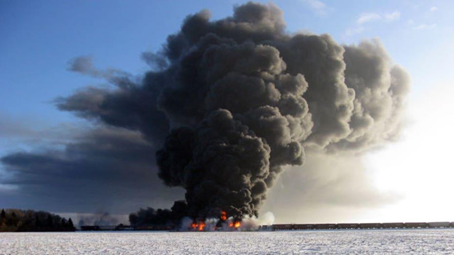 Evacuation lifted for Casselton, ND following fiery train derailment