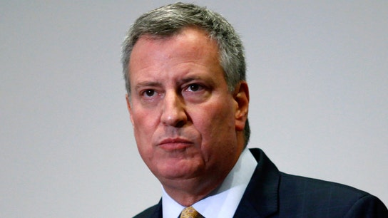 De Blasio wants wealthiest Americans to pay combined top tax rate of 70%