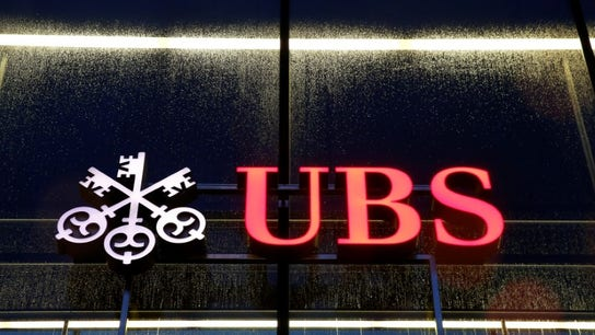 UBS 3Q profit boosted by investment banking