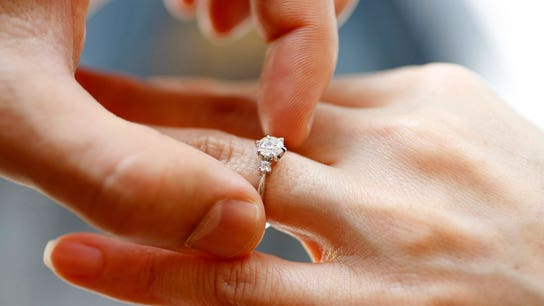 Pricey engagement rings a no-go for younger Americans