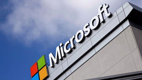 Microsoft prohibits employees from using Slack, report says