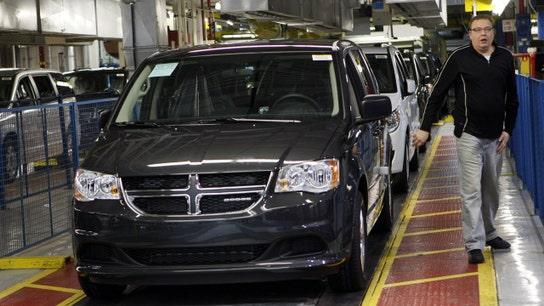 Minivan sales hit the brakes as consumers shift toward SUVs