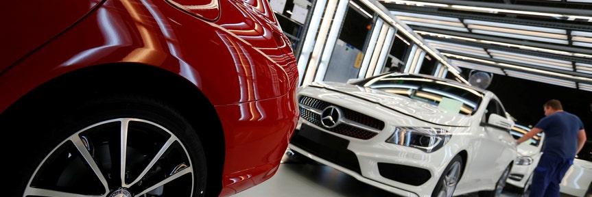 Trump considers slapping tariff on cars