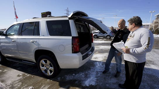 Surging gas prices unlikely to dent SUV boom