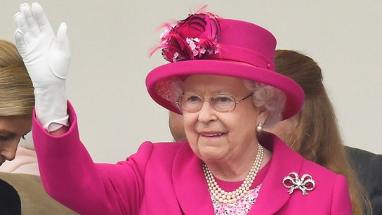 Queen Elizabeth is hiring a social media manager — here's how much it pays