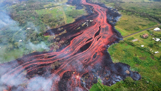 Hawaii volcano eruption hurts tourism, costs local economy millions of dollars
