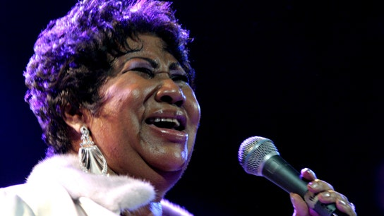 Aretha Franklin left 3 handwritten wills, but will they hold up in court?