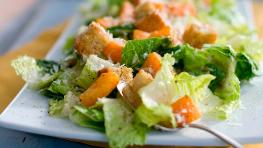 Romaine lettuce unsafe to eat, CDC warns, citing E.coli outbreak