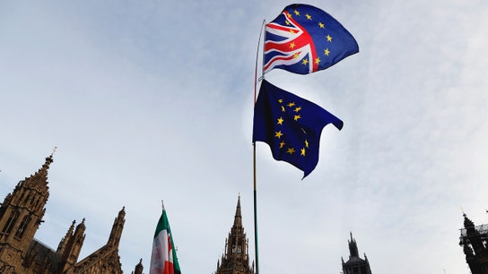 US bank CEOs: Hard Brexit poses no systemic risk, but outcome uncertain