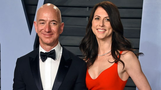 Here's how much Amazon stock Jeff Bezos just gave his ex-wife