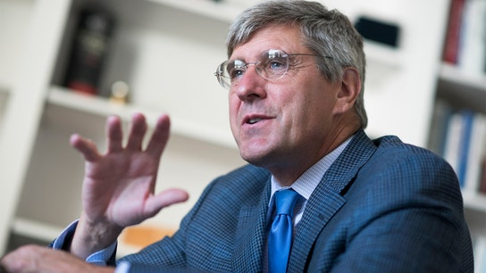 EXCLUSIVE: After Stephen Moore's failed Fed bid, he's creating a crypto central bank