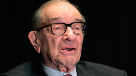 Greenspan: Economy is definitely sogging around the world