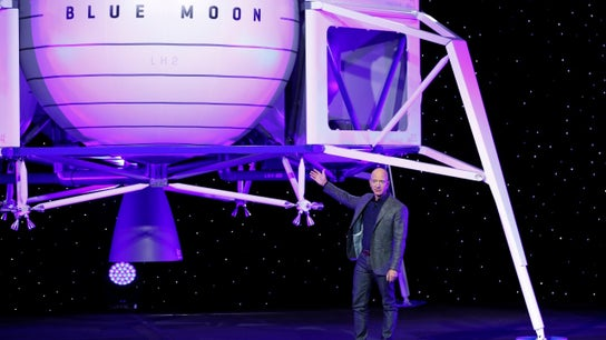 Elon Musk taunts Jeff Bezos' plan to send Blue Origin spacecraft to moon in crude tweet