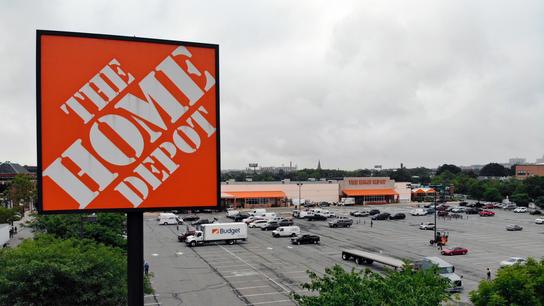 Home Depot posts strong profit, revenue