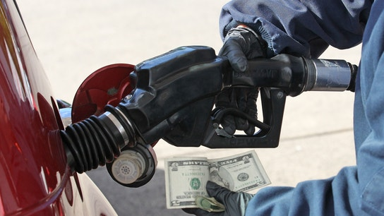 Top 10 states with the cheapest gas prices