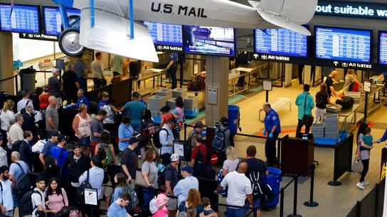 TSA says record of nearly 2.8 million passengers screened over July 4 holiday