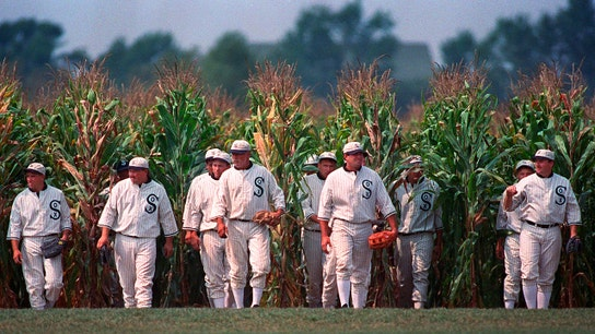 New York Yankees to play Chicago White Sox in first-ever MLB game at 'Field of Dreams'
