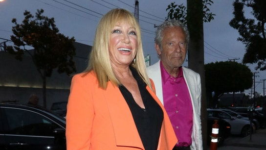 Suzanne Somers ready to rumble in cosmetics battle with new beauty line